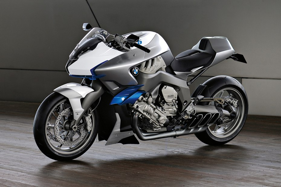 The BMW Concept 6 at 2009 EICMA; debut of the inline 6 destined for the K1600 line.