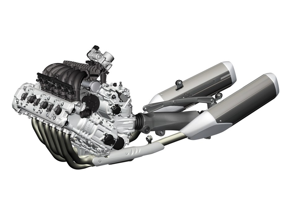 The new BMW inline six, already showing the drivetrain that would appear in the K1600.