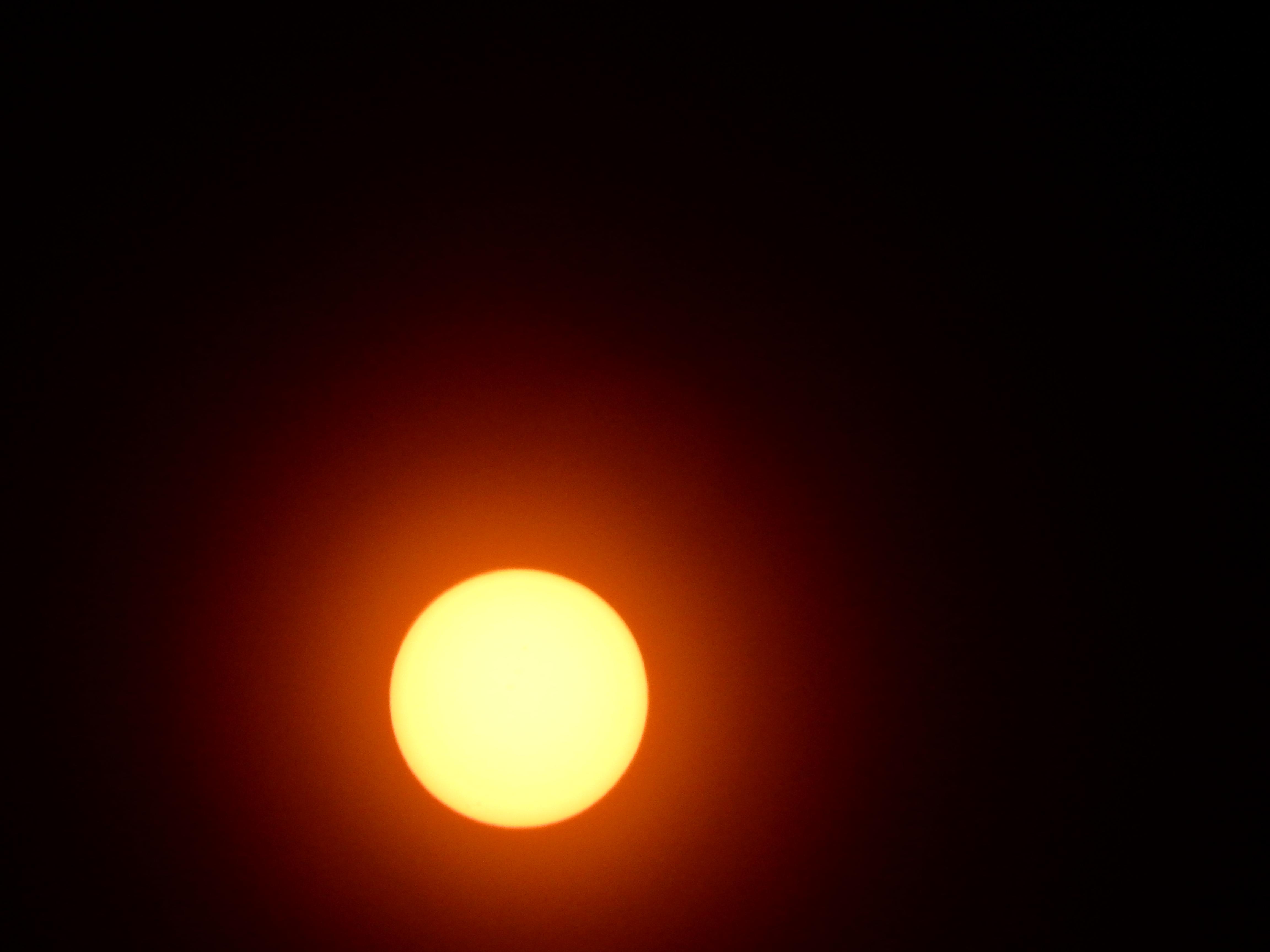 Full sun, solar filter installed.Full sun, solar filter installed.