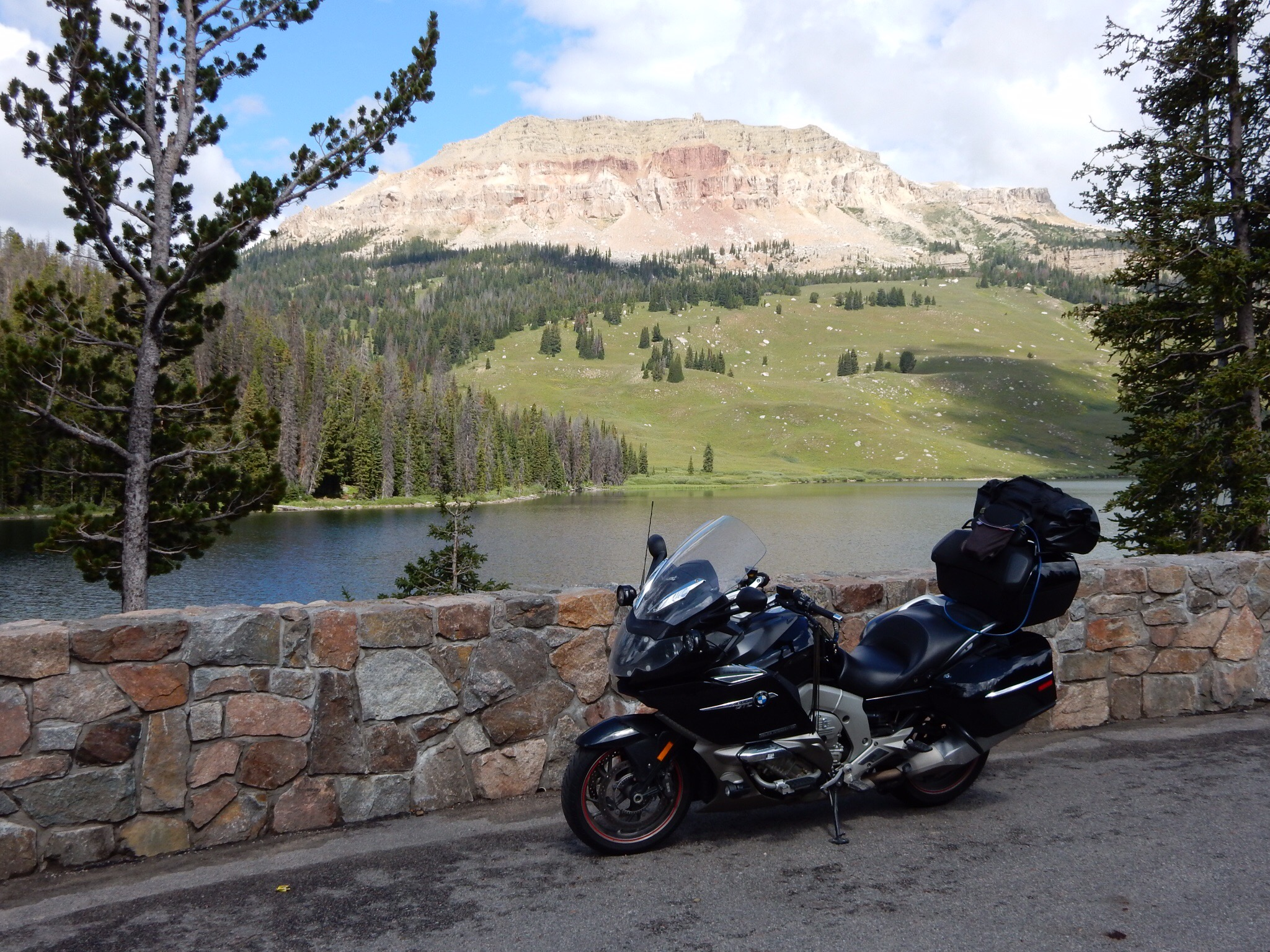 The Nightowl parked in front of Beartooth Lake. (That wall is new.)