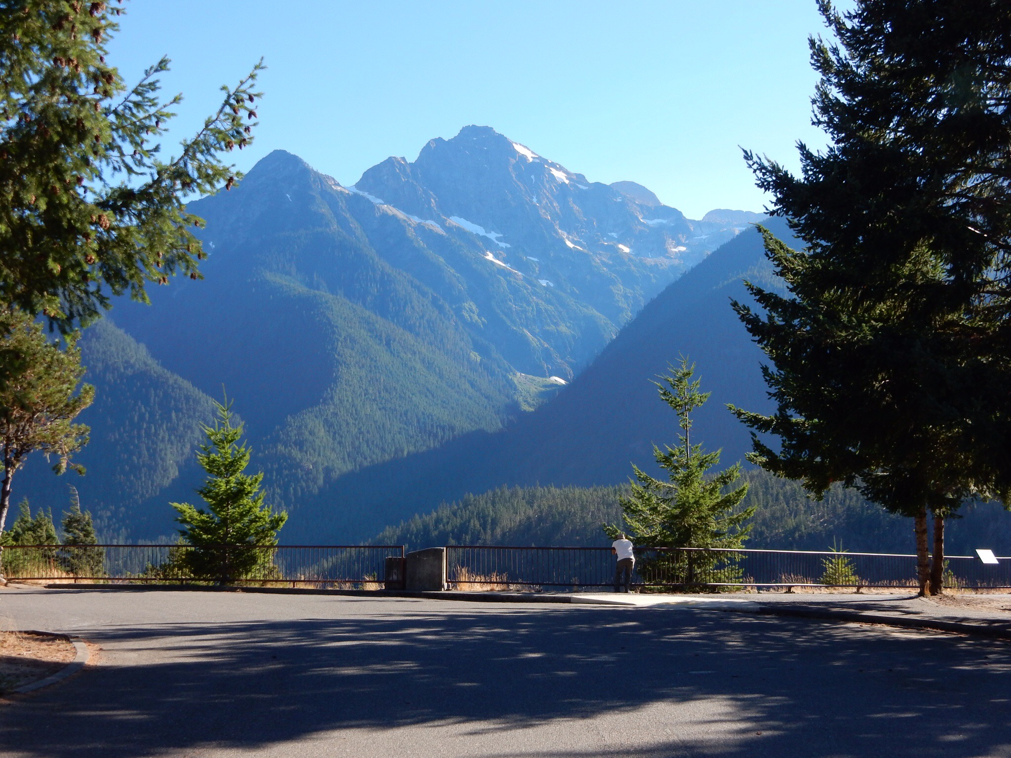 Mountain view from the Diablo Lake overview parking lot.