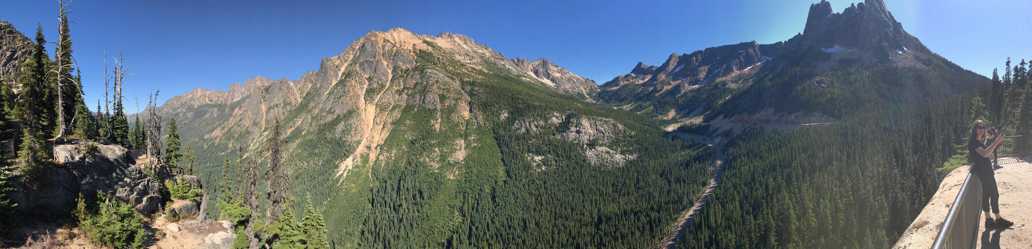 Washington Pass panorama.Washington Pass panorama.