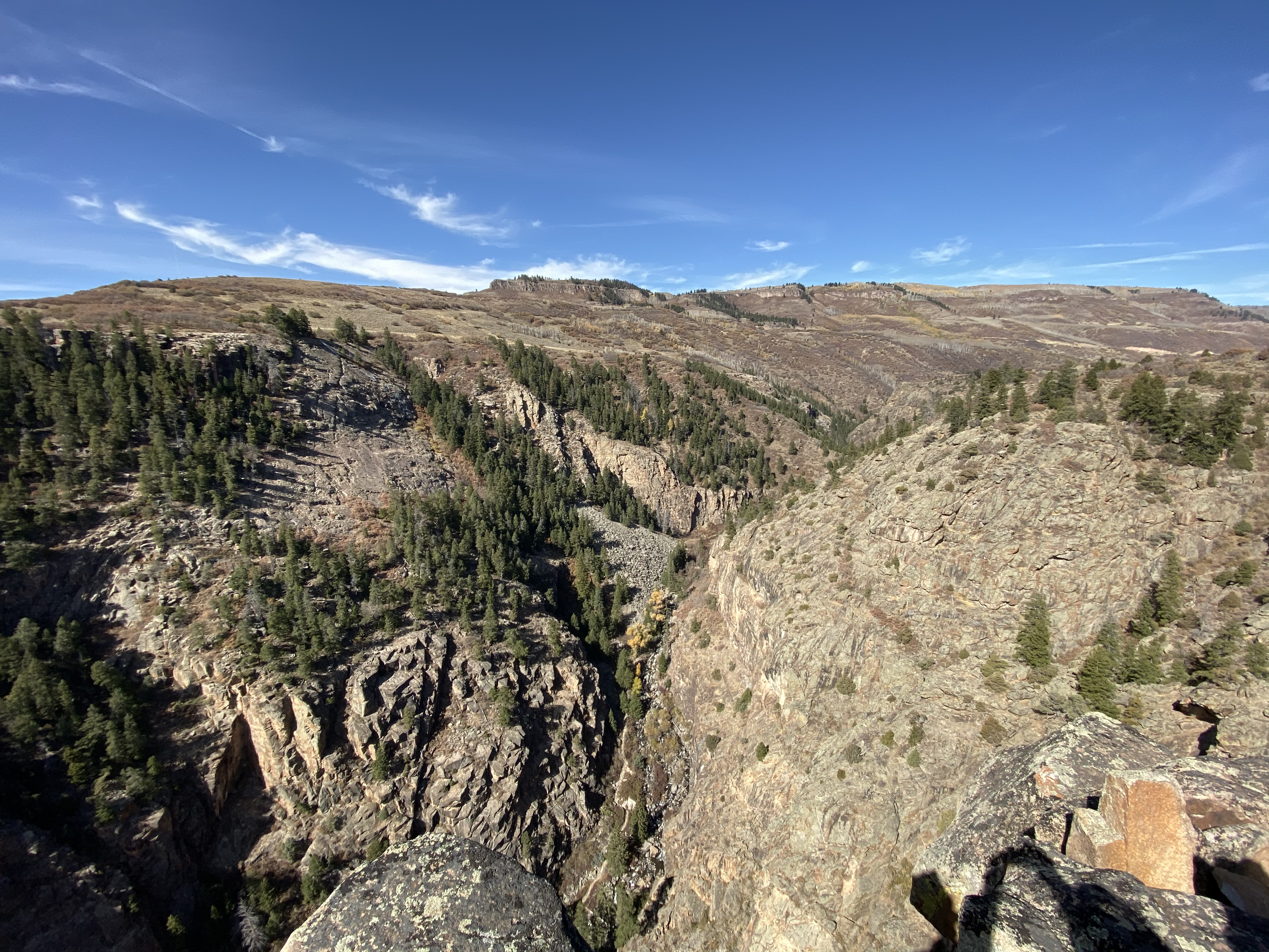 Looking up the Curacanti Creek Canyon from the Pioneer Point overlook.