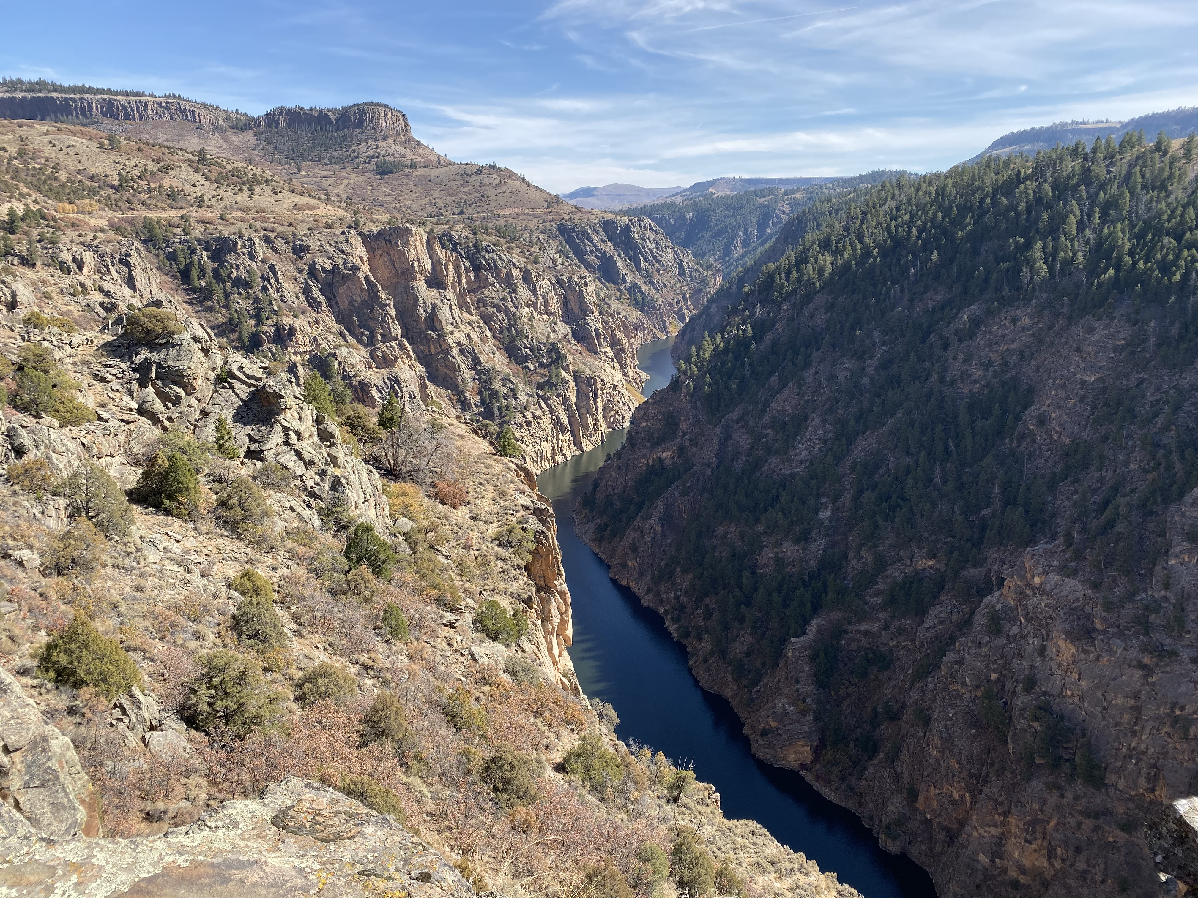 Looking upriver from the Pioneer Point overlook.