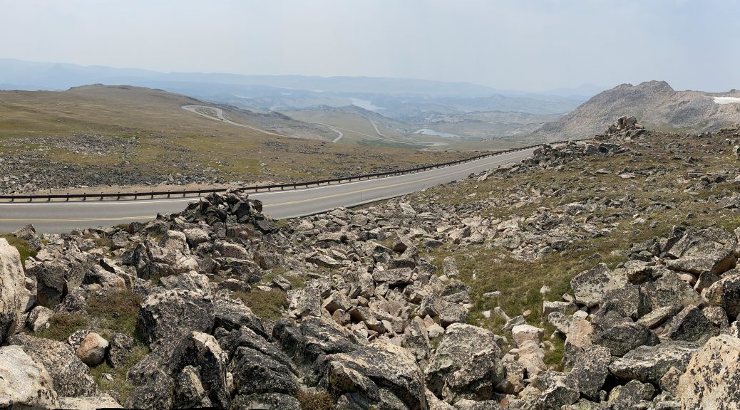 Anti-climactically smokey view from Beartooth Pass. Bummer.