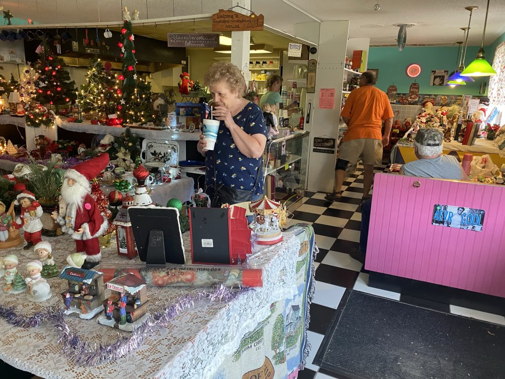 Slaw Dogs diner and gift shop... mostly gift shop... with Xmas trinkets ready for sale.